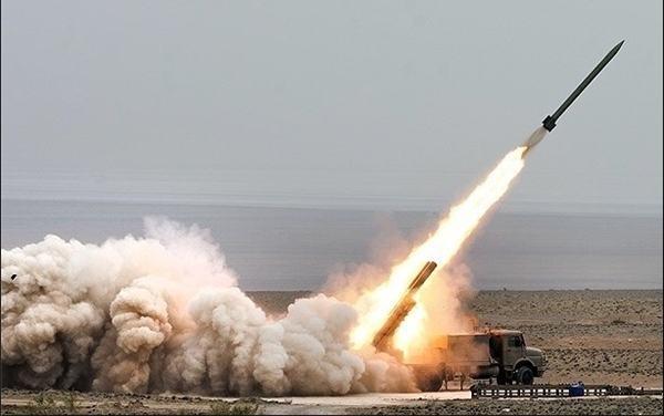 راکت انداز فجر