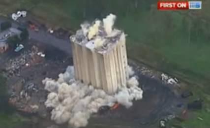 تخریب ساختمان با تی ان تی