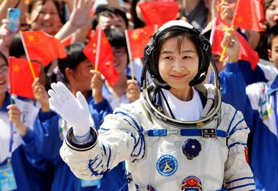 Mission Chinese astronauts ended women