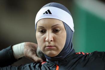 """لیلا رجبی""""رکوردار پرتاب وزنه ایران:رقابتم غیرقابل پیش بینی"""