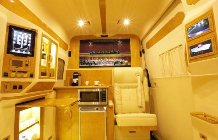 luxury_van_08