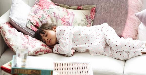 خوراکی های مفید برای یک خواب عمیق کدامند؟