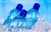بطری های یک بار مصرف آب را در فریزر نگذارید