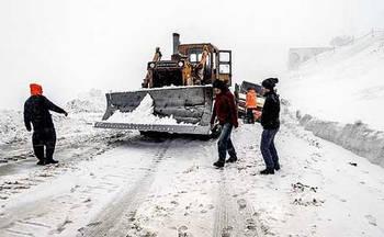 ۵۸۹ نفر مصدوم و ۶ کشته ناشی از برف گیلان