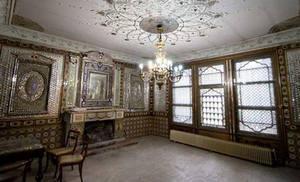 خانه پدر چای ایران در حال تخریب است