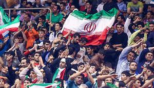 سالن لافروم در تسخیر ایرانیها / جشن قهرمانی آزادکاران