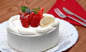 آموزش طرز تهیه خامه کیک