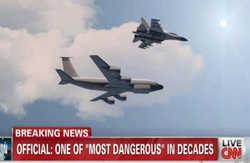 جنگنده روسیه بر بالای هواپیمای آمریکایی