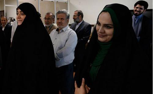 عیادت الهام چرخنده و جواد عزتی از رهبر انقلاب
