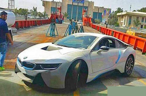عکس BMW i8 2015 هیبریدی شارژی در ایران