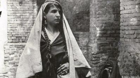 Photo of Iranian girls in 120 years ago
