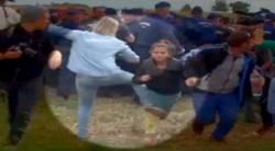 لگد زدن خبرنگار زن مجارستانی به آوارگان پناهجو