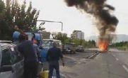 شش خودرو در تهران منفجر شد / فیلم و عکس