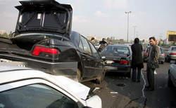 تصادف زنجیره ای در بزرگراه قزوین - کرج با 43 مصدوم
