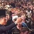فیلم / سلفی مردم با کریستیانو رونالدو در ۱ ثانیه