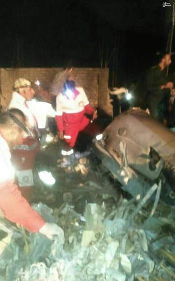 تصاویر سقوط هلیکوپتر امداد در استان فارس + عکس