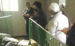 عکس / تعرض و تخریب مرقد صحابی پیامبر(ص) در سنندج